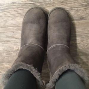 UGG Gray Ribbon Boots